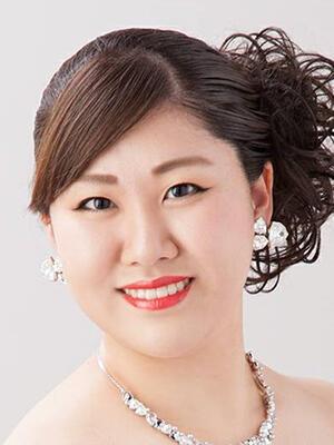 uchiyama_300400.jpg
